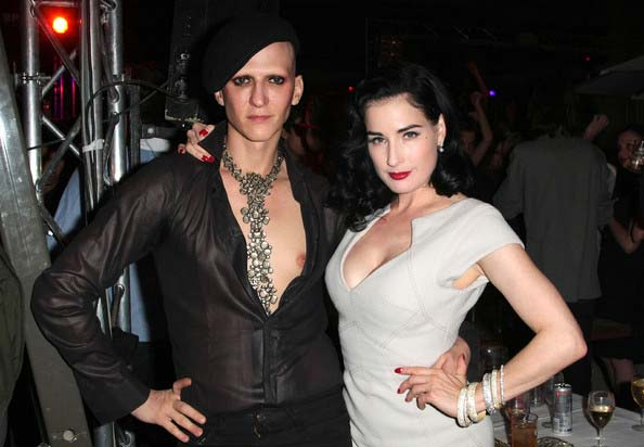 Dita-von-teese with -mr-pearl