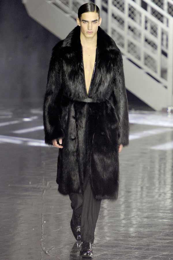 John-Galliano-Fall-Winter,-fur-coats-for-men,-2012-2013