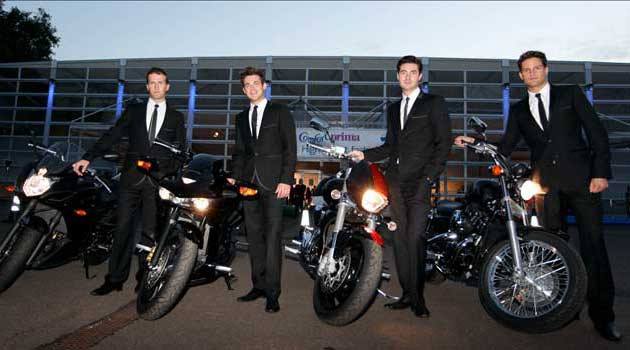 blake-riding-motorbikes-on-the-red-carpet-2010-in-suits