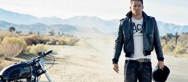 Channing Tatum playing evil kenevil - movie