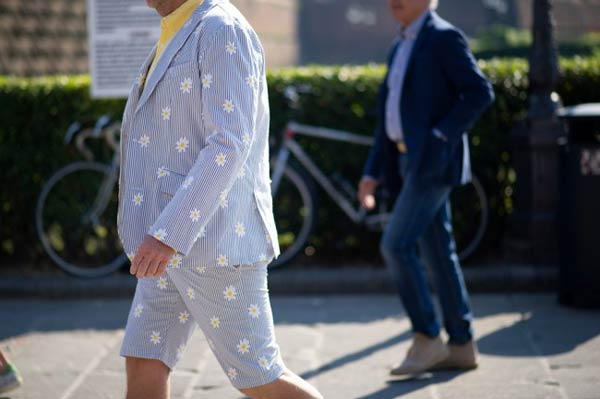Pitti Uomo Flower Print Short Suits