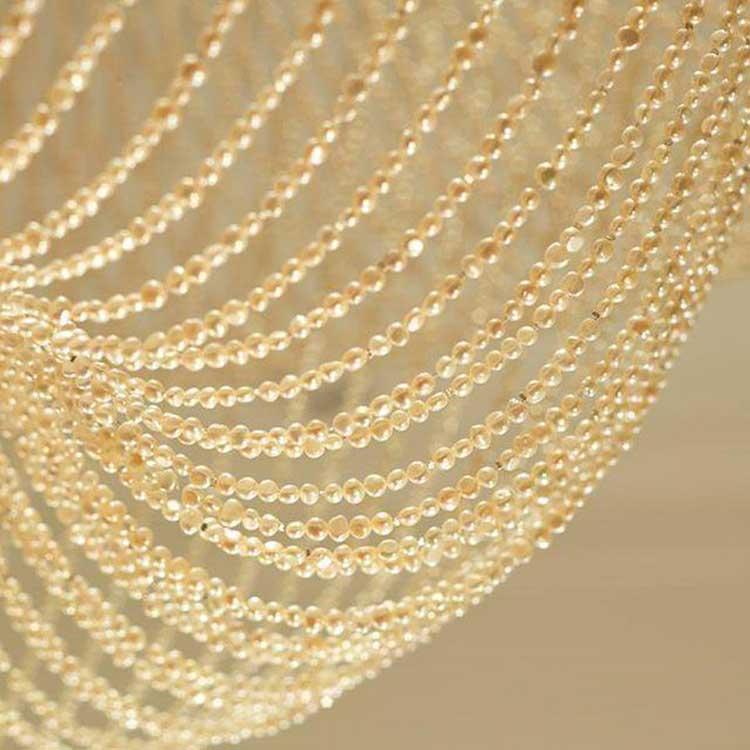 Dorchester-chandelier-pearls-72,000-London