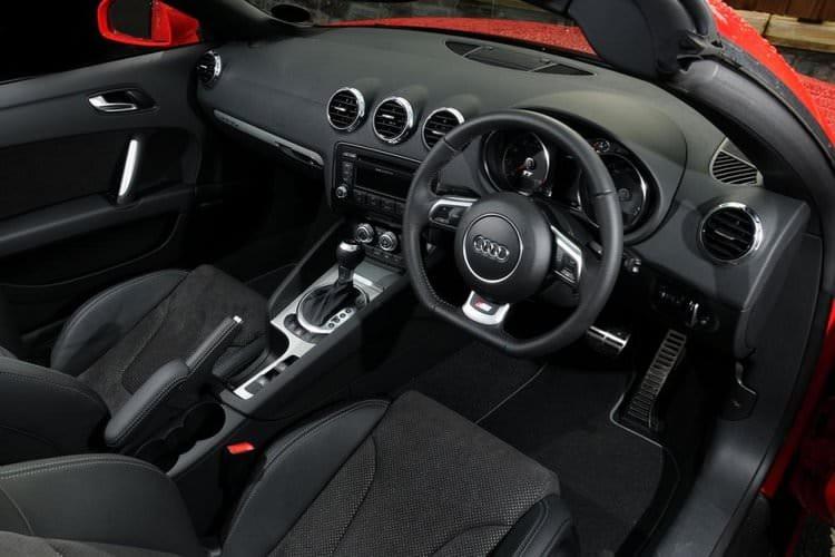 rsz_1audi_tt_roadster_interior